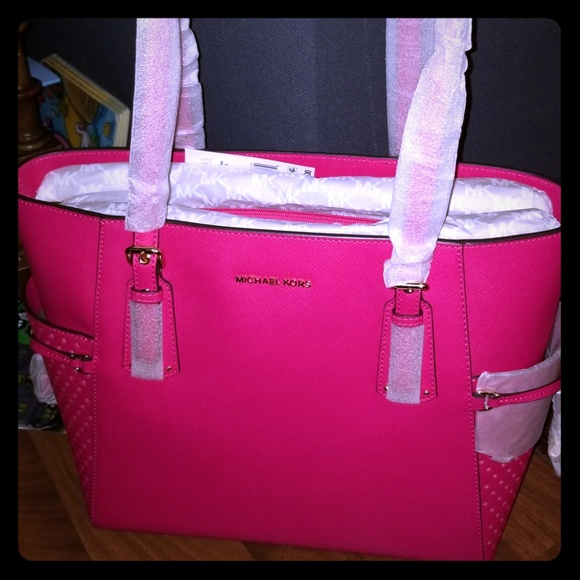 14e5ad352a6279 MICHAEL Michael Kors Bags | Ultra Pink Mk Tote | Poshmark